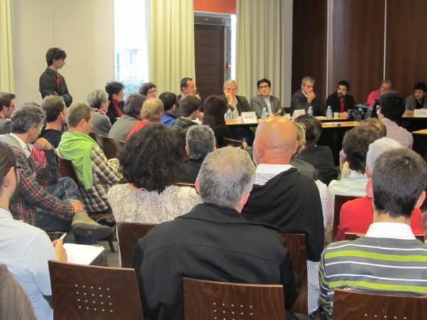 Fotos 03/03/2012 Mesa Redonda en la Casa de las Asociaciones de Biarritz