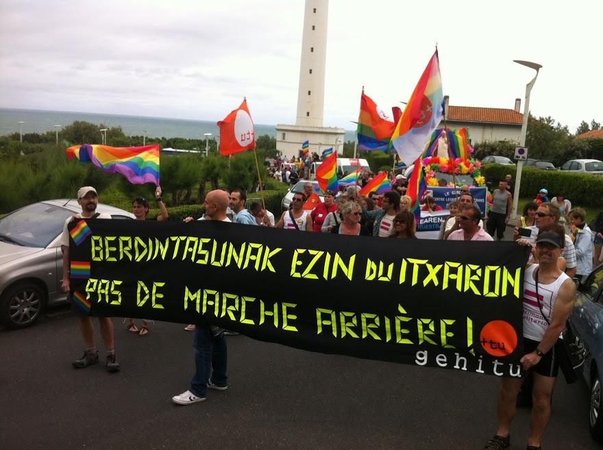 Fotos 16/06/2012 Gehitu eta AMPGYL en la manifestación de Biarritz